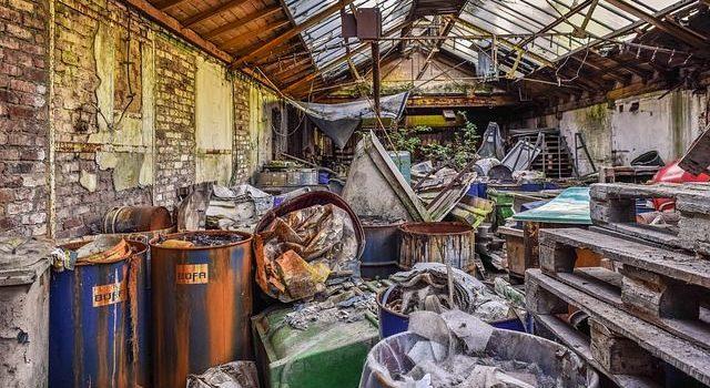 Altlasten in einem alten Haus